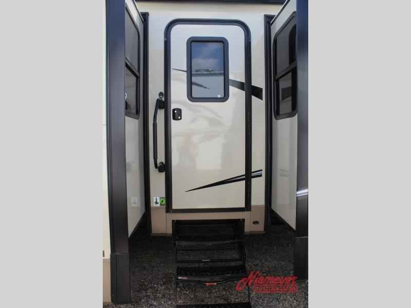 2018 New Forest River Rv Rockwood Signature Ultra Lite