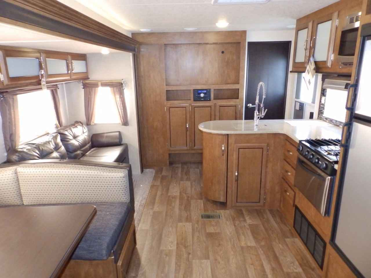 2018 New Forest River Salem 32bhds 2 Slides Exterior