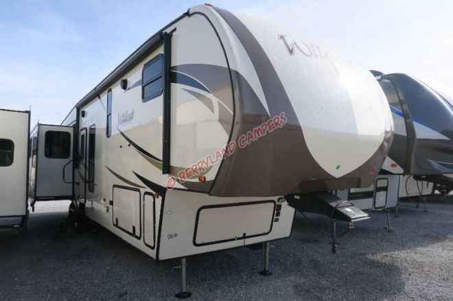 Fantastic 2018 New Forest River Wildcat 383MB Fifth Wheel In