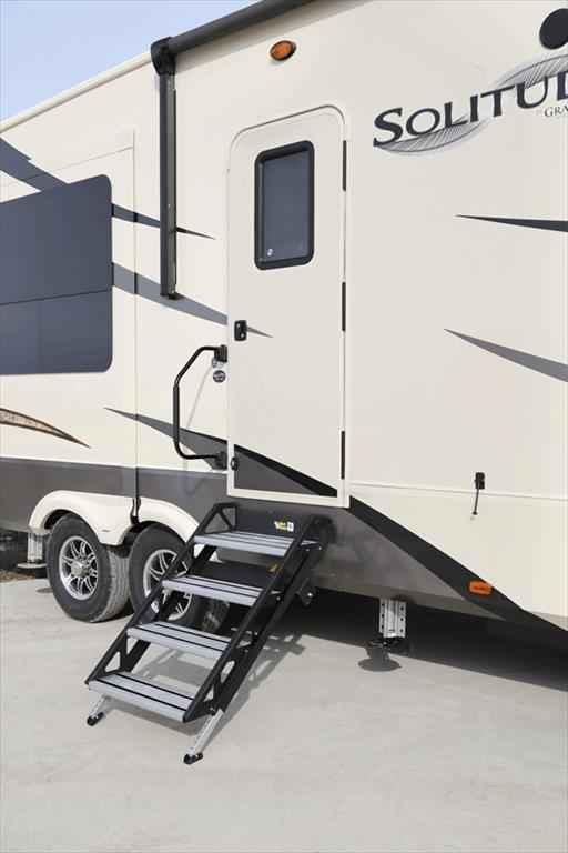 2018 New Grand Design Solitude 377mbs 2 Bdrm Den Loft Rear