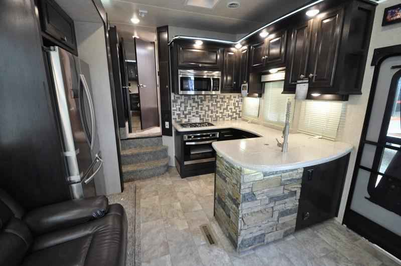Awesome 2018 New Heartland Rv Road Warrior RW427 Bath Amp 12 Dual