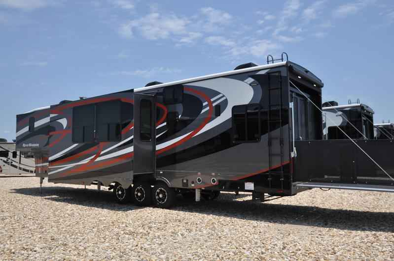 Lastest 2018 New Heartland Rv Road Warrior RW427 Bath Amp 12 Dual