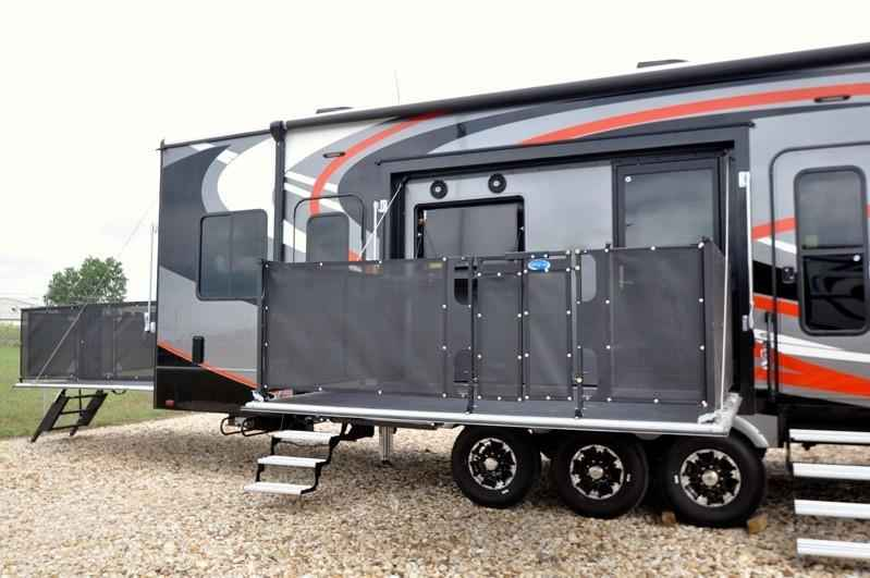Popular 2018 New Heartland Rv Road Warrior RW427 WFull Paint