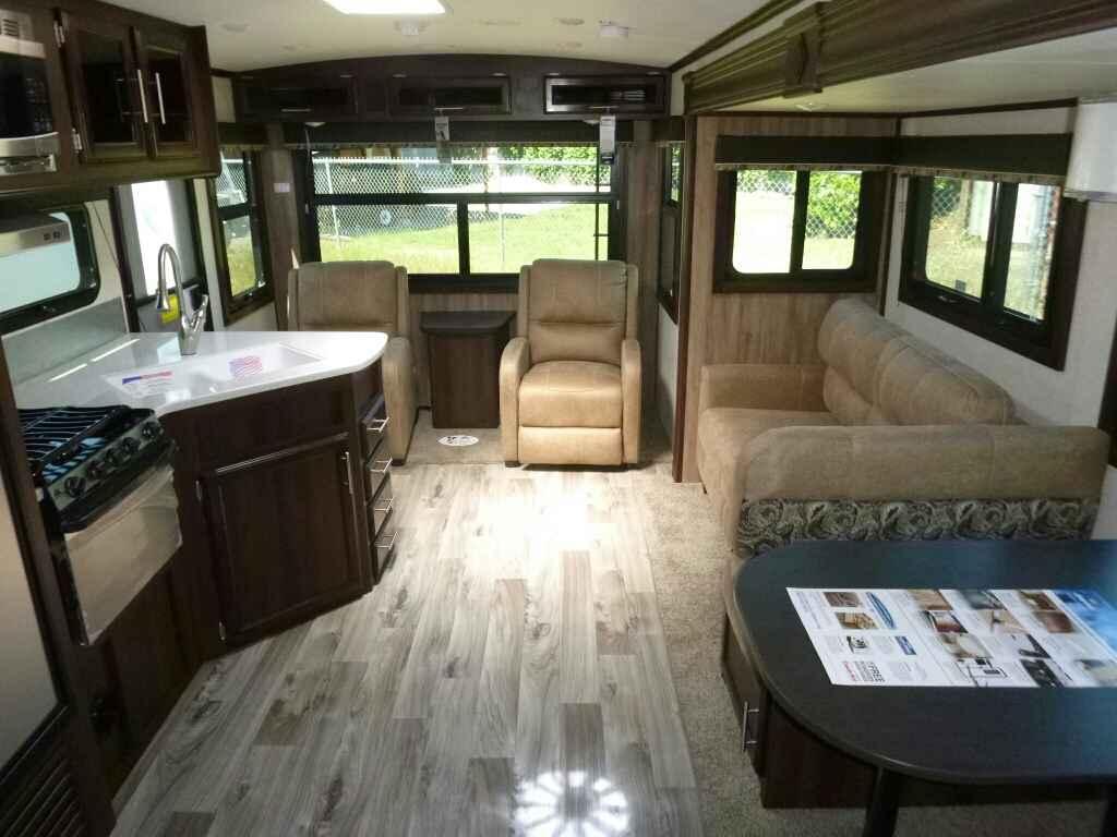 Brilliant Jayco 2015 Travel Trailer Caravan Jay Flight 33rlds For Sale In Oregon