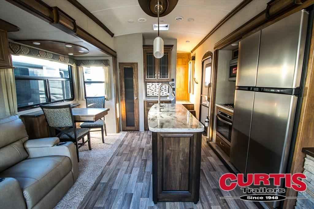 2018 New Keystone Montana 3160rl Fifth Wheel In Oregon Or