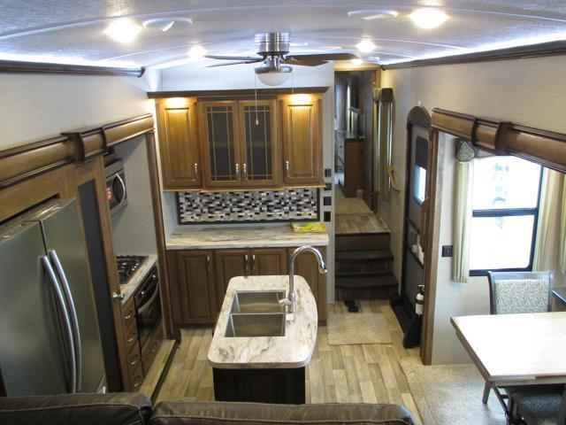2018 New Keystone Montana 3791rd Fifth Wheel In Missouri Mo