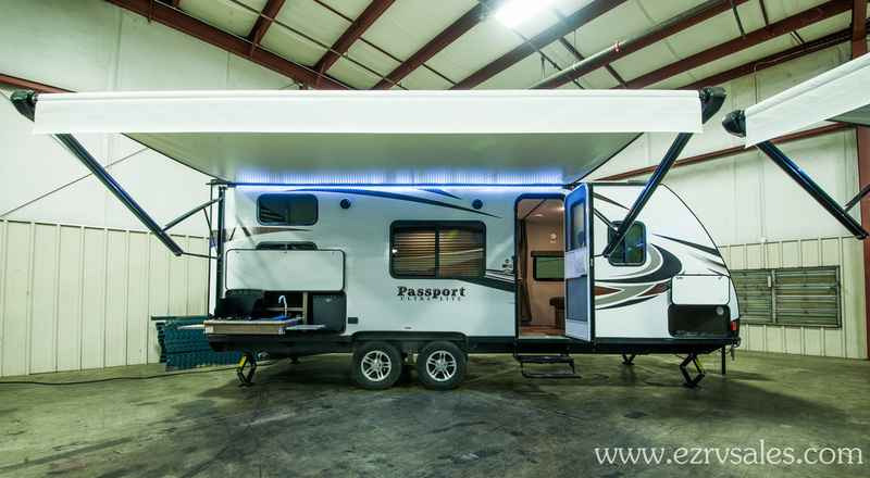2018 New Keystone Passport 239ml Travel Trailer In