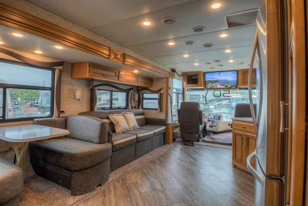 Excellent 2018 New Newmar Canyon Star 3918 Class A In Florida FL