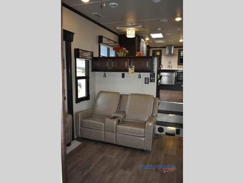 2018 New Palomino Columbus 1492 386FK Fifth Wheel in Arizona AZ