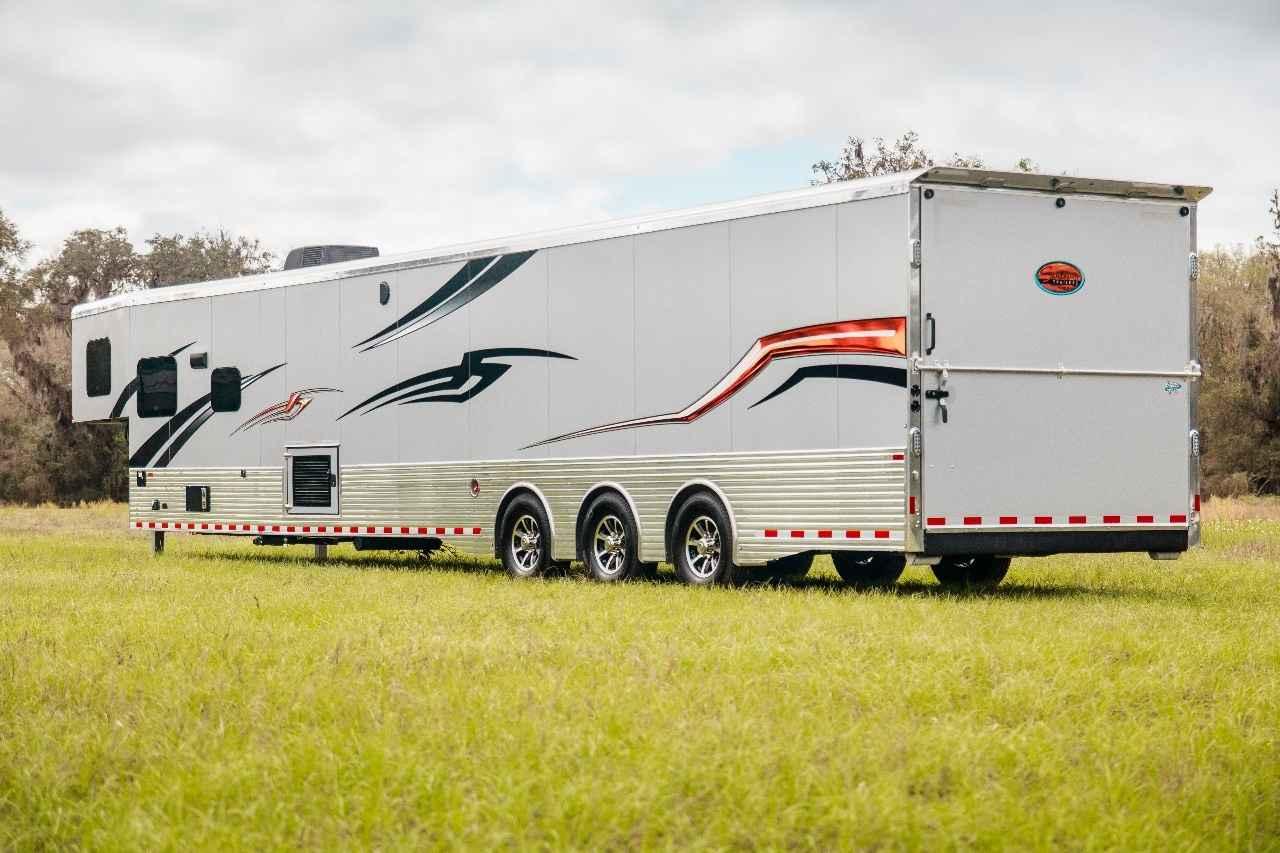2018 new sundowner 2286gm toy hauler with 26 39 garage toy for Garage market cars montpellier