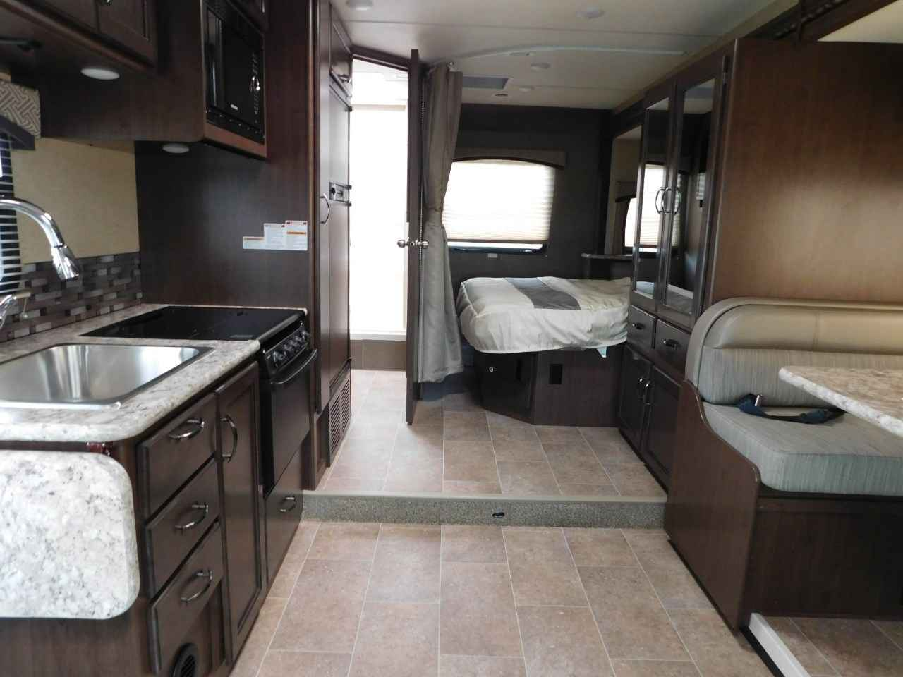 2018 new thor motor coach chateau 24f full wall slide for Motor coaches with 2 bedrooms