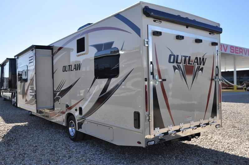 2018 New Thor Motor Coach Outlaw 29J Toy Hauler RV For ...
