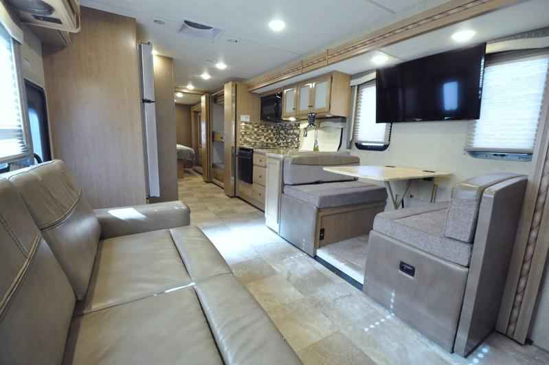 Beautiful 2018 New Thor Motor Coach Windsport 34J Bunk Model RV For