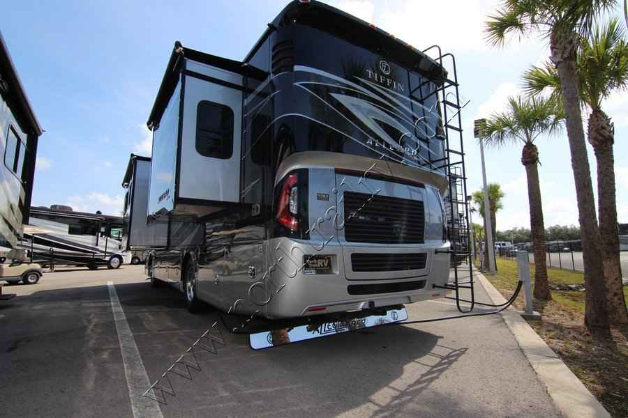 Perfect 2018 New Tiffin Allegro Red 33AA Class A In Florida FL