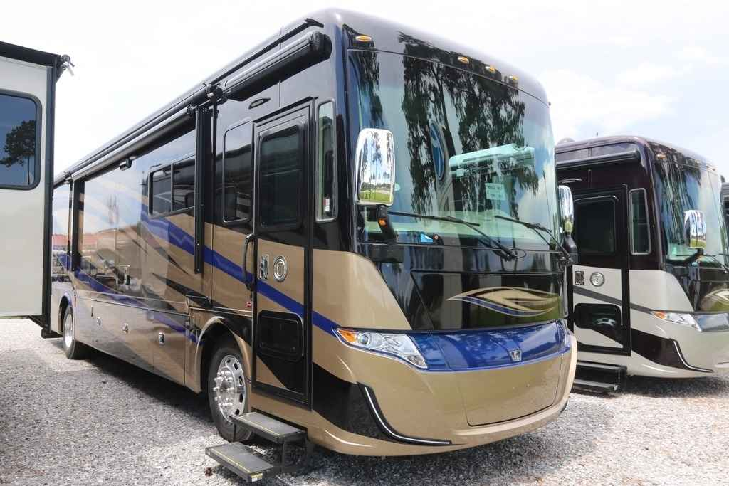 Fantastic 2018 New Tiffin Motorhomes ALLEGRO RED 37PA Class A In