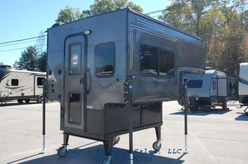 2018 New Travel Lite Super Lite 625SL Truck Camper in