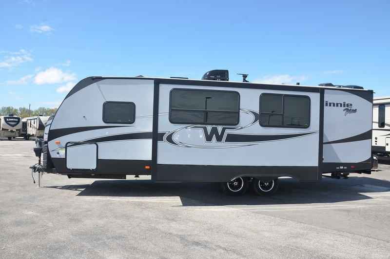 Innovative 2018 New Winnebago MINNIE PLUS 27BHSS TRAVEL TRAILER Travel Trailer In