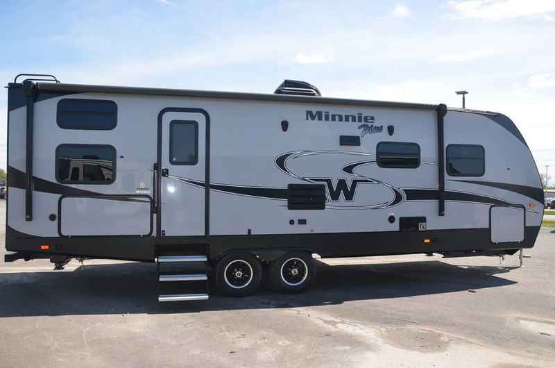Elegant 2018 New Winnebago MINNIE PLUS 27BHSS TRAVEL TRAILER Travel Trailer In