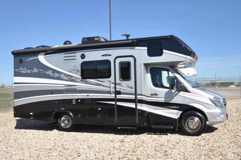 2018 Used Dynamax Corp Isata 3 Series 24FW W/ Sprinter Chassis
