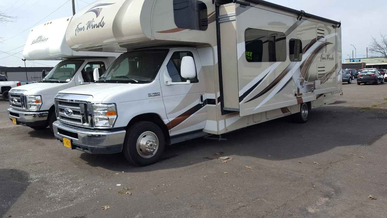 2018 used thor motor coach four winds class c in oregon or for Class c motor coach