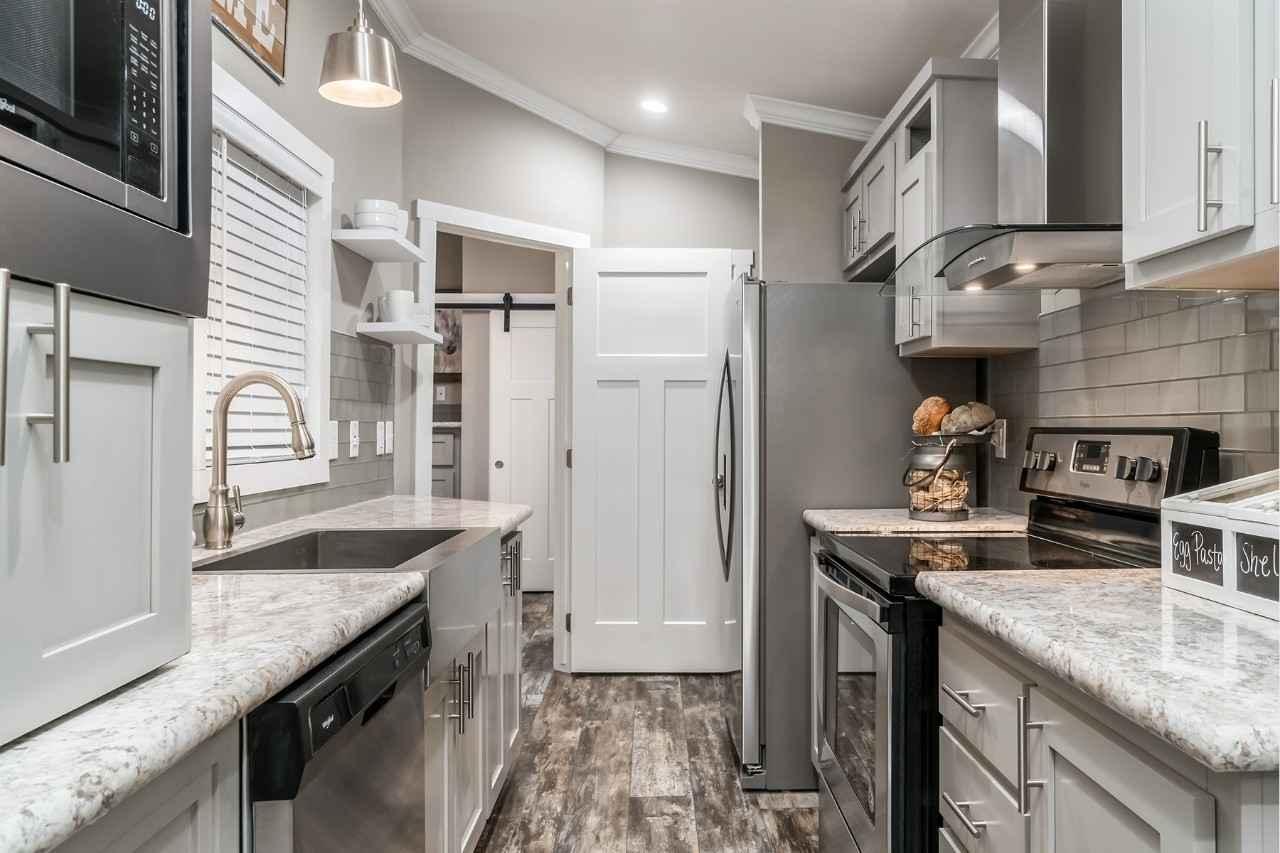 2019 New Pratt Homes Mindy Park Model In Texas Tx