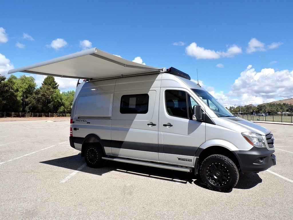 2019 New Winnebago Revel 44e 4x4 Sprinter Mercedes Turbo
