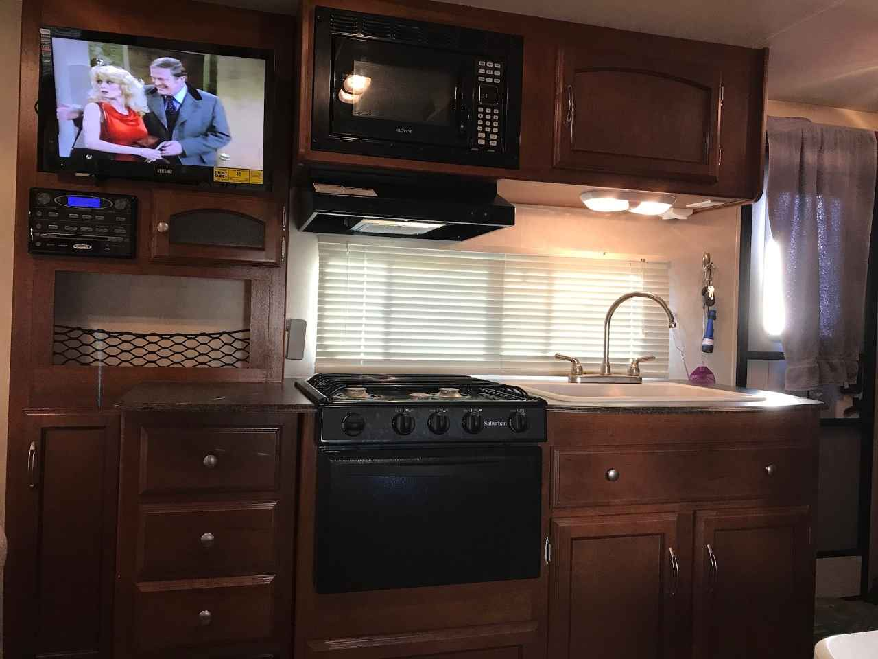 2019 Used Coachmen Freedom Express 192rbs Travel Trailer